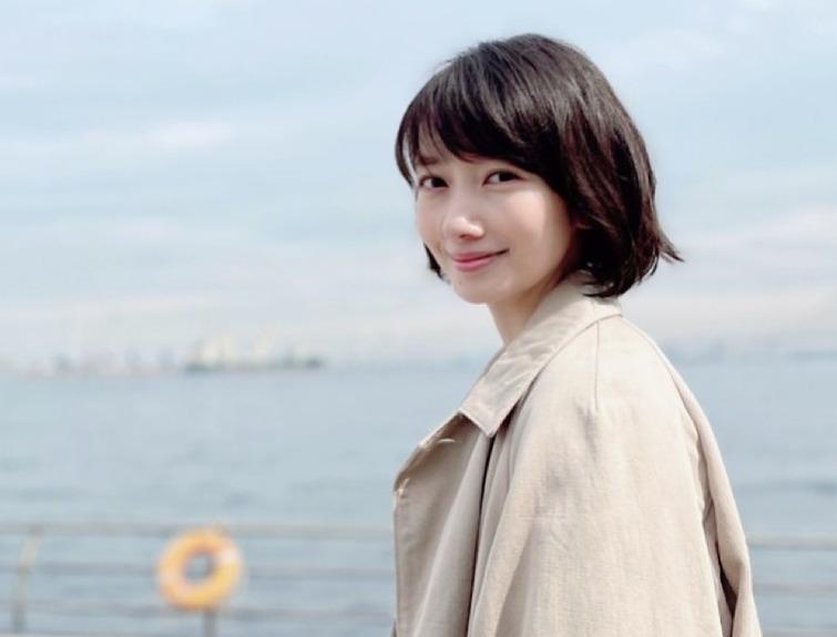 波瑠のギャル時代画像が可愛い!髪型遍歴をご紹介(ロング・ミディアム・ショート) | 芸能人の噂好き広場